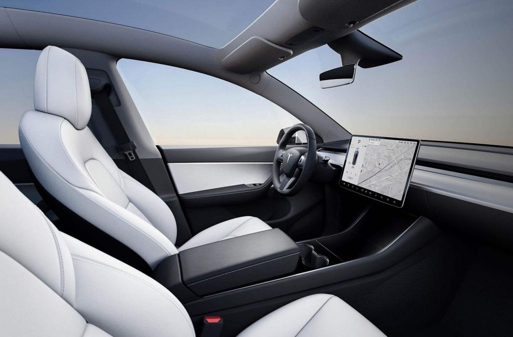 2021 Tesla Model 3 Wallpaper