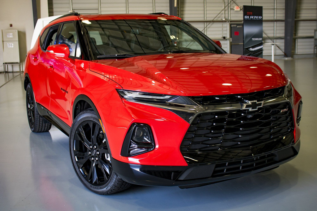 2021 Chevy K5 Blazer Pictures  The Cars Magz First Drive